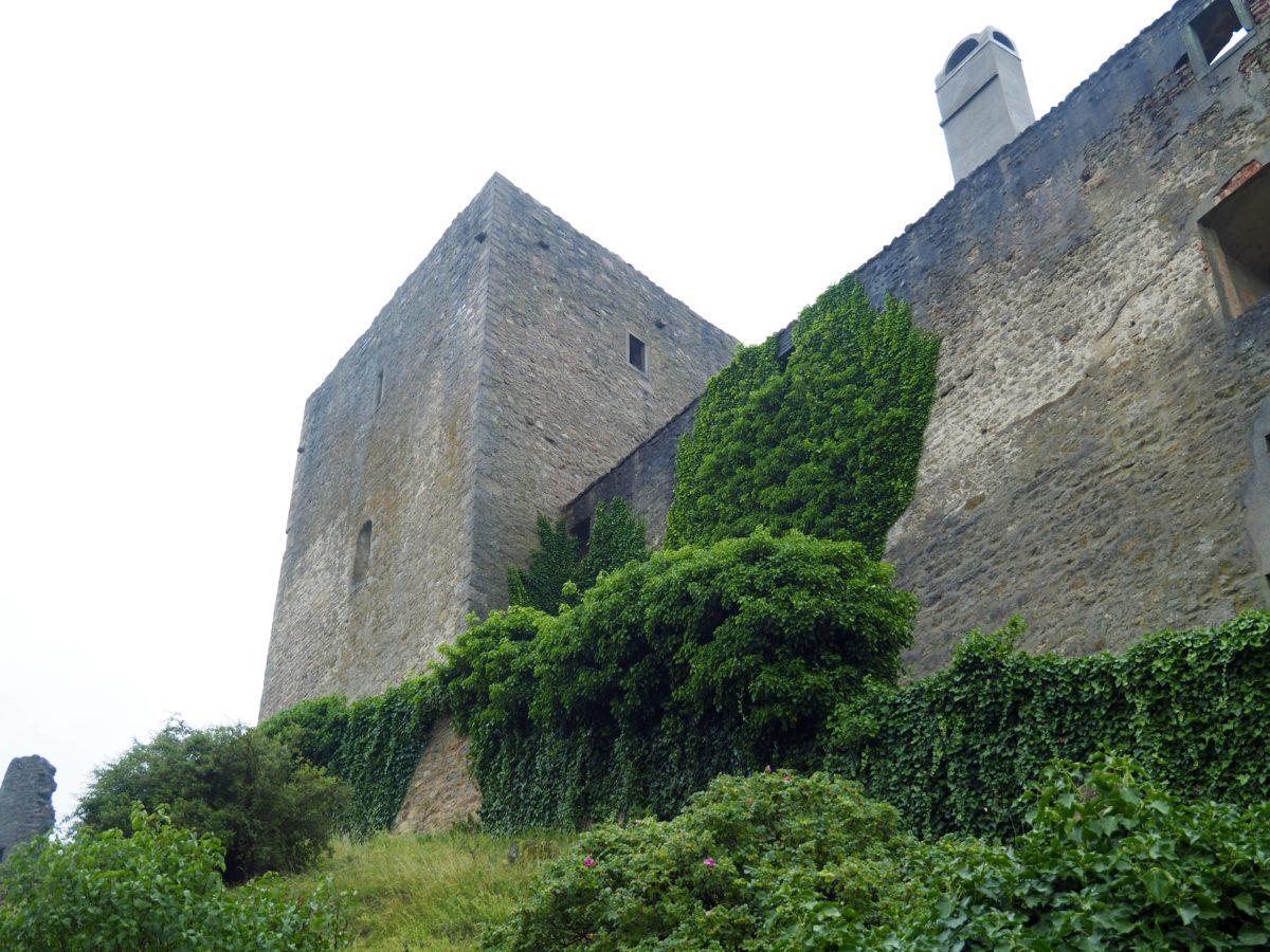 Meridianstein, Budweis und Burg Landstein